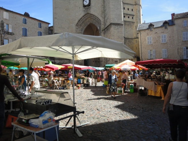 villefranche-thursday-market